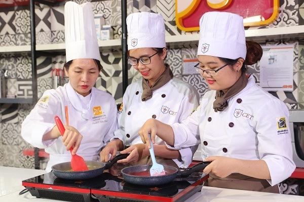 kiến thức và kỹ năng làm bánh