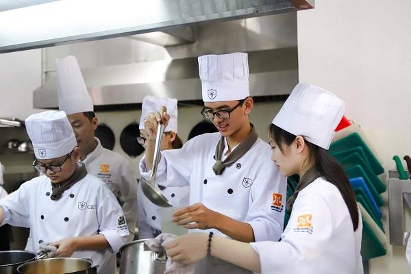 Trường trung cấp CET cung cấp nguồn nhân lực chất lượng cao