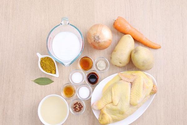 hình ảnh nguyên liệu nấu cà ri gà sữa tươi