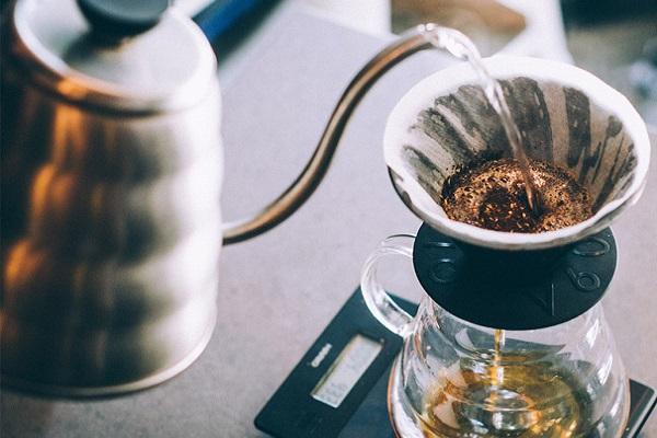 hình ảnh pour over hay drip coffee