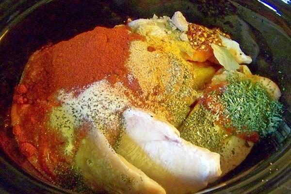 ướp thịt gà cho ngấm gia vị