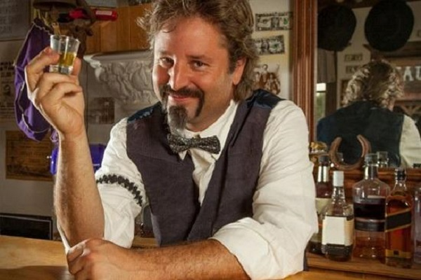 bartender không được uống quá say tại quầy bar