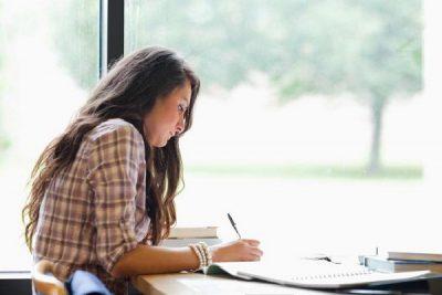 hình ảnh con gái hướng nội học ngành gì