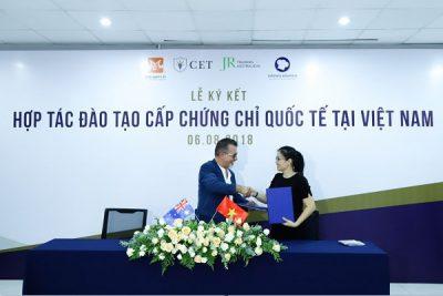 Hình ảnh HNAAu hợp tác cùng CSAI và JR Training