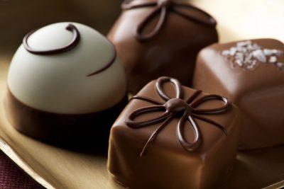 chocola là nguyên liệu quen thuộc trong làm bánh
