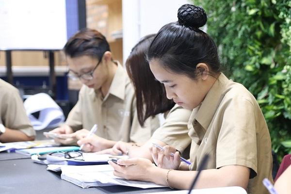 Số lượng nữ giới chọn học ngành NHKS khá tương đồng so với nam