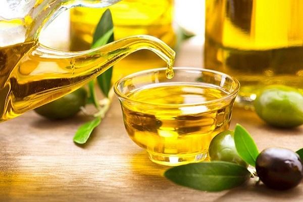 dầu ăn làm sạch mảng bán ở bếp