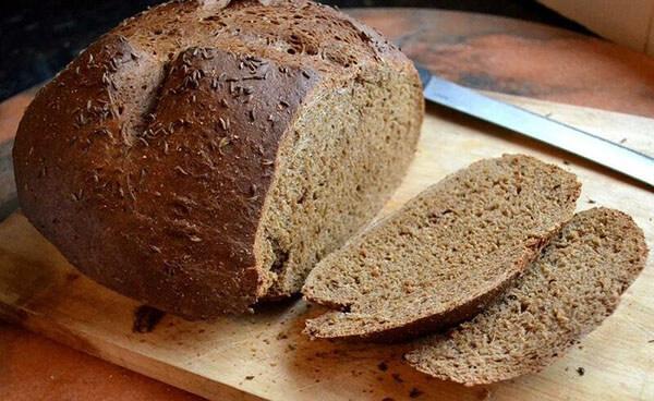 bánh mì đen tại nhà