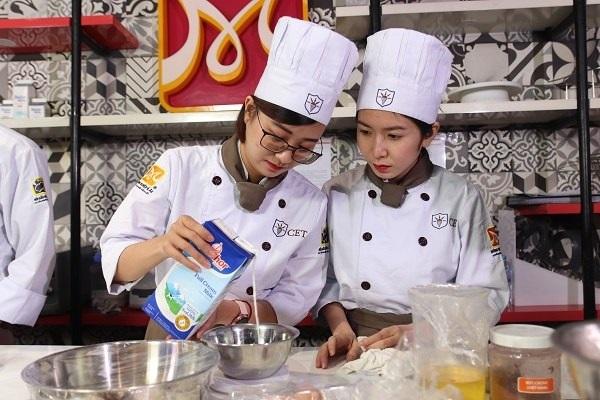 nghề làm bánh